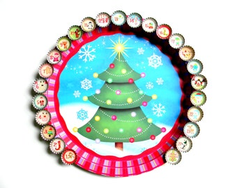 Advent Countdown Calendar Holiday Tree Magnet Board with 25 Bottle Cap Magnets