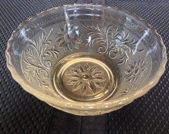 Anchor Hocking Vintage Sandwich Glass Bowl