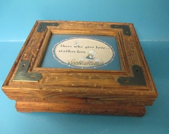 "Vintage distressed wooden box with glass top matted frame saying ""Those who give Love,, Gather Love"" used good condition"