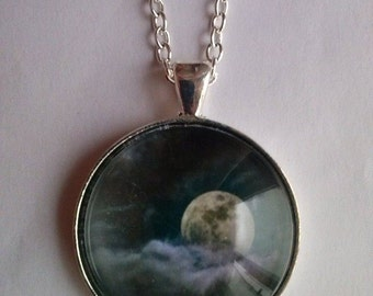 moon necklace moon picture pendant