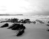 Black rocks II