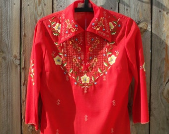 Vintage Chinese Embroidered  Flower Shirt With Bell Sleeves Size Large Women's