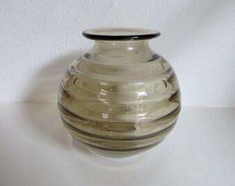 Beautiful glass vase in smoke glass/fumé.