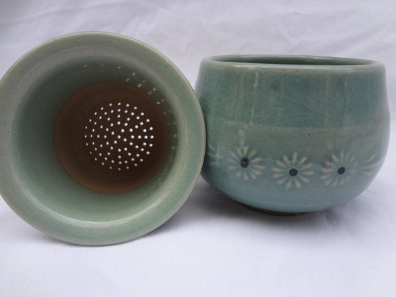 Japanese Celadon Green Pottery Tea Cup Strainer by Tomboytoo