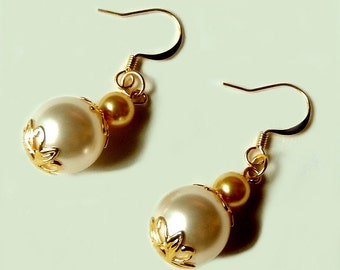 Pearl dangle earrings - Swarovski pearls - gold plated - Cyber Monday Sale - Black Friday Sale