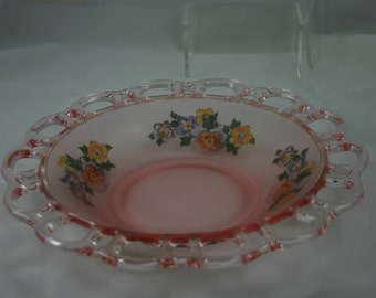 Vintage unique pink frosted glass cut out scalloped edge bowl with pansy design