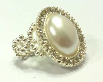 Mother Pearl's Ring