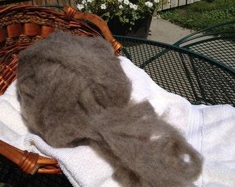 Roving - Medium Gray Romney wool for Spinning or Felting