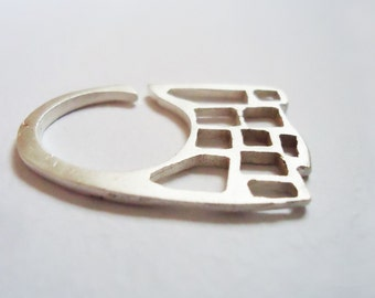 Silver Ring - adjustable - ruins collection - Contemporany Jewelry