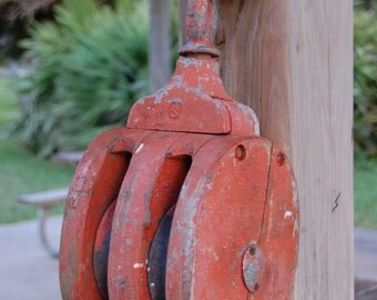 Vintage Pully Block and Tackle, Large Wood Pully With shackle