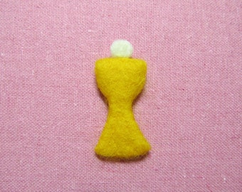 Needle Felted Holy Eucharist Pin - Holy Communion Pin - Chalice and Host