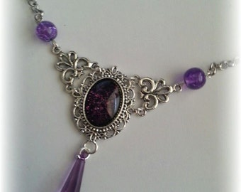 Necklace with Crackle beads and Crystal