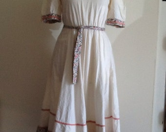 Vintage 1970's cotton ditsy sun dress size XS