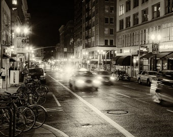 Portland - Streets of Downtown / Photograph / Black and White / Fine Art