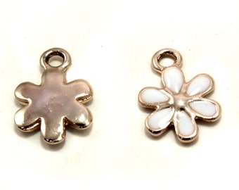 Daisy Flower Shaped Charms (pack of 4)