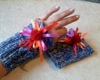 Fingerless Gloves, NEW YEARS Fingerles Gloves, Wristwarmers, Hand Made, Hand Knit Colorful Wrist Warmers, Arm Warmers, With Pompons