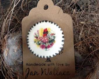 Australian Native Flowers Bouquet - Handmade Ceramic Brooch