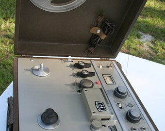 Vintage, Roberts series 1620 Reel to Reel Tape Recorder,player, Model No 1055, Radio, Case, Possibly for Parts or Repair