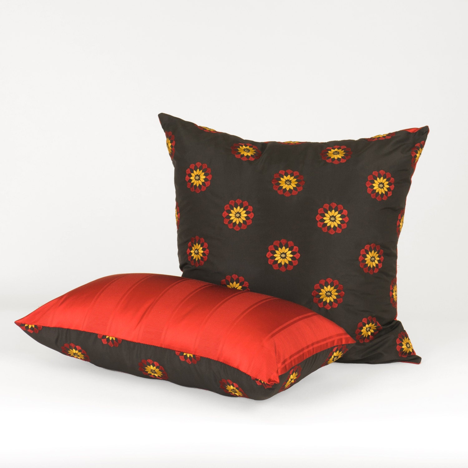Black Throw Pillows For Sofa : Rectangle Throw Pillow for a Sofa or Bedroom Black Red
