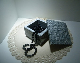 Jewery Box Stone Box / Keepsake Box ,Tiny Stone Box