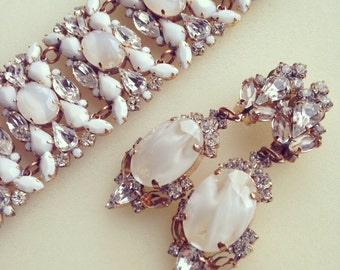 Luxury wedding/bridal/prom/evening/vintage clear crystal and milk earrings and bracelet jewelry set