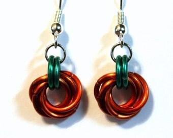 Thanksiving pumpkin chainmaille earrings - Halloween Party Earrings - Orange and Green Earrings
