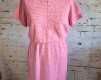 Lovely vintage pink dress with diamond pAttern