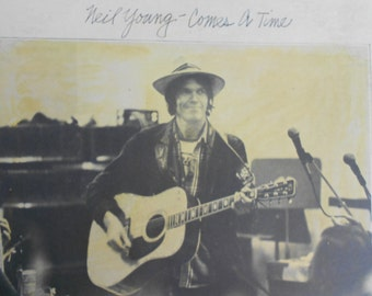 Neil Young - Comes A Time - vinyl record