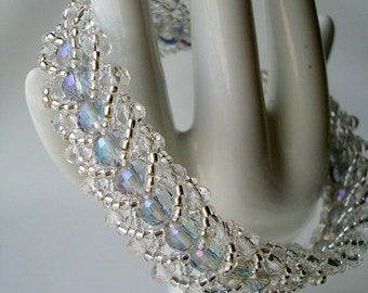 Swarovski crystals and bicones bracelet