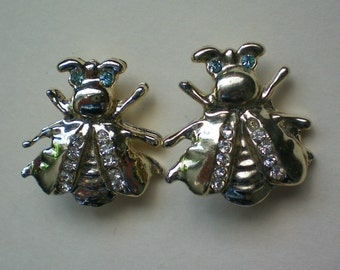 Pair of Fly or Bee Scatter Pins - 2390