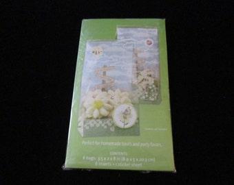 Debbie Mum Treat bag kits by Wilton 6 treat  bags per 2.99