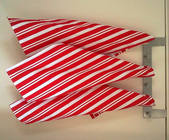 Items Similar To Red And White Tea Towels, Set Of 3 Tea