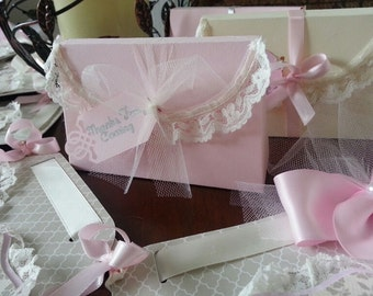Set Of Fifteen Lace trimmed Treat Boxes / Pink Favor Boxes / Favor box