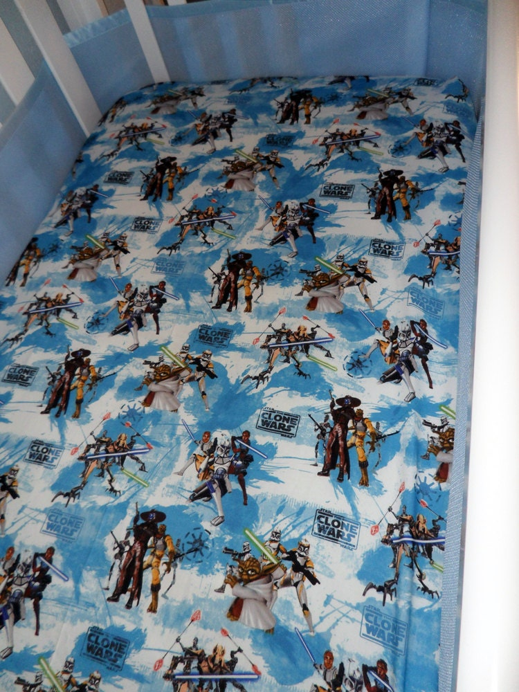 star wars drap housse lit b b clone wars par sweetpeauniquebaby. Black Bedroom Furniture Sets. Home Design Ideas