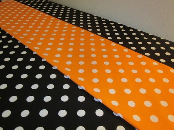 Polka dot tablecloth and runner halloween party birthday for Black polka dot tablecloth
