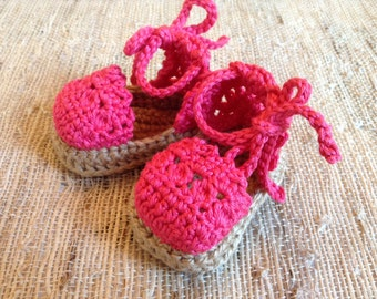 Crocheted baby espadrille sandals, baby gift, spring baby sandals, photo prop, layette, baby shoes, baby gift, sandals