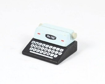 PLACE CARD HOLDER - Black and White Typewriter (4.8cm x 4.2cm x 2.5cm)
