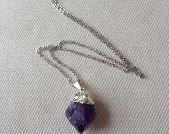FREE SHIPPING Quartz Pendant Necklace, purple necklace, purple quartz necklace, rock necklace, quartz jewelry