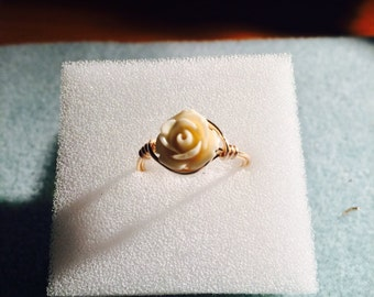 White rose wire wrapped ring