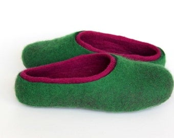 Felted  wool  women slippers / handmade house shoes / ecological felt slippers for woman