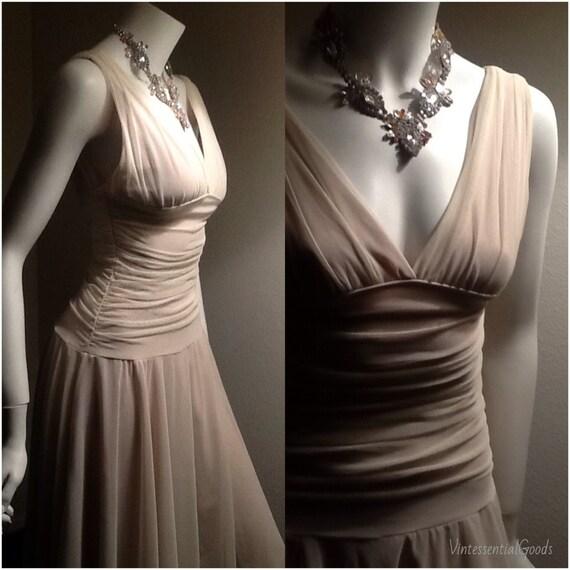 Vintage Ecru Wedding Dress / Dark Ivory Bride Dress