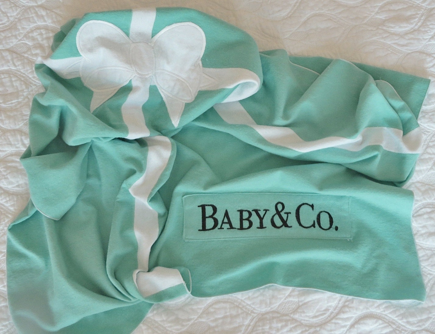 Baby Blanket Gift Box : Gift box baby blanket with sweet white by blue