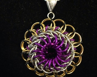 Dragon's Eye Chainmaille Pendant
