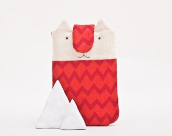 zig zag iphone 5 case, Only one size - 5.1 x 3.5 in. (13 x 9 cm.) iPhone Case, Cat, Red zig zag, iphone cover, phone case