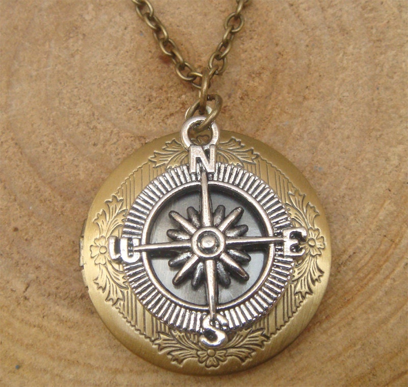 antique brass compass locket necklace victorian jewelry gift. Black Bedroom Furniture Sets. Home Design Ideas