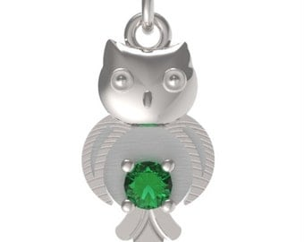 "Birthstone May Emerald Sterling Silver Solid OWL pendant with an 18"" Sterling Silver Necklace"