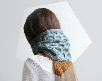 Grey green scarf /  Geometric Hexagon pattern / Alpaca wool / Winter Knitting woman / unisex / winter scarf