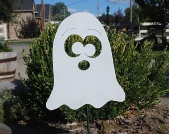 Small ghost yard stake