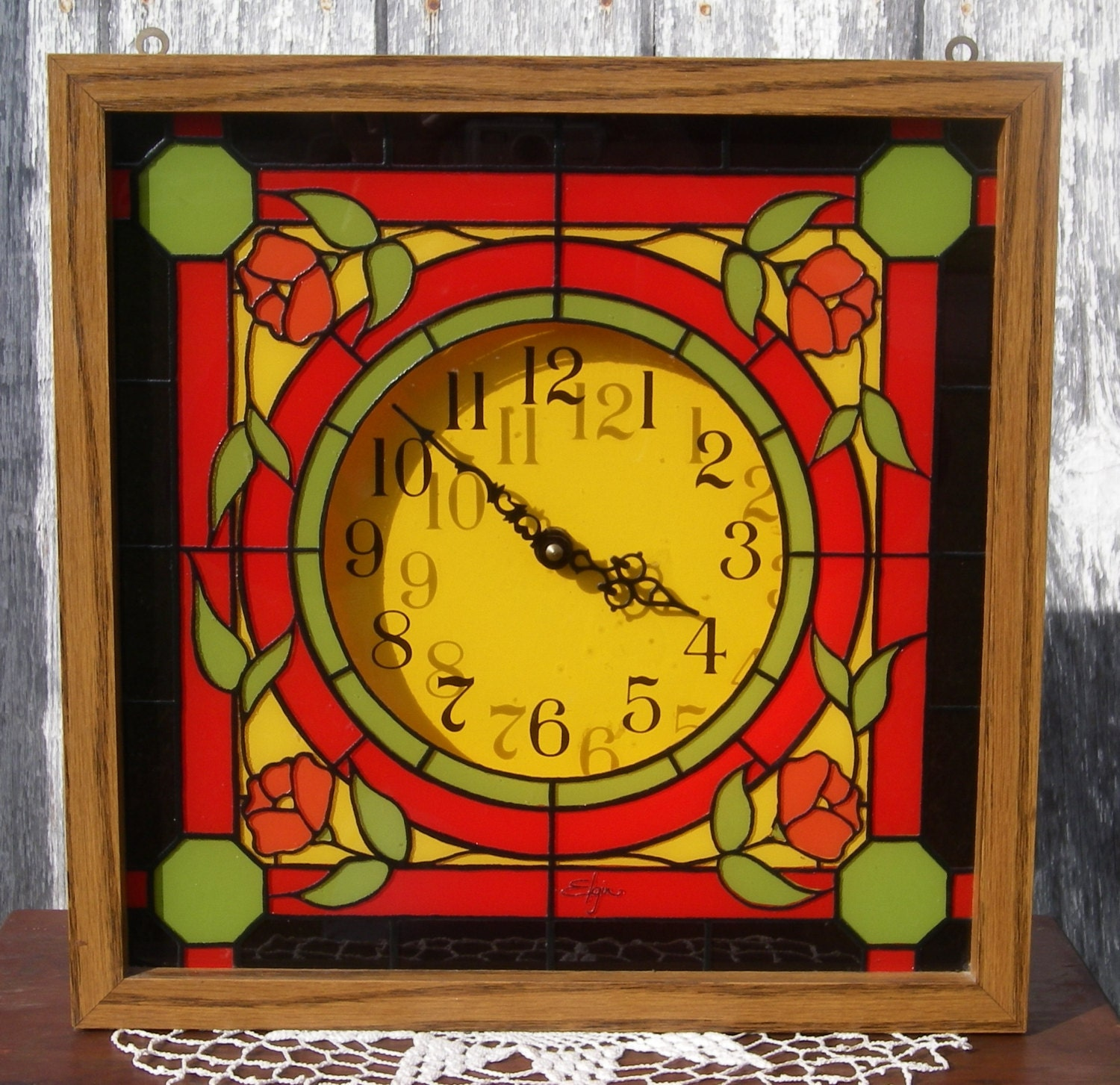 Vintage Elgin Stained Glass Look Clock With Roses Wall