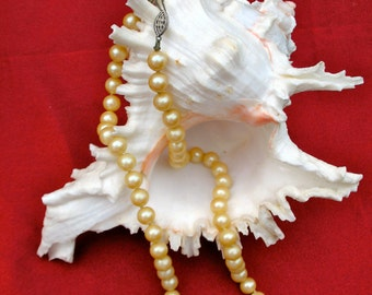 1940s Sterling Silver Pearl Necklace 18 inch